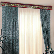 Wooden curtain pelmets
